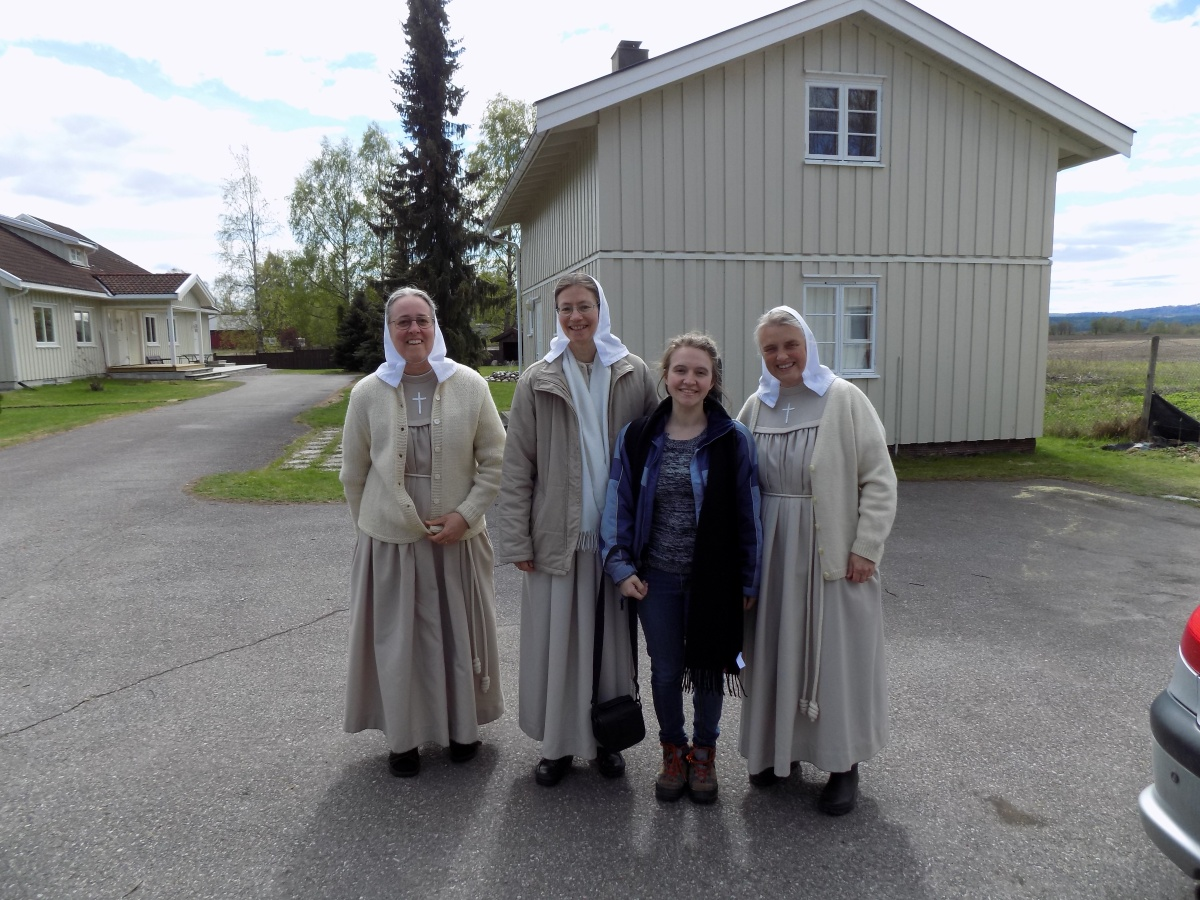 Evangelical Sisters of Mary
